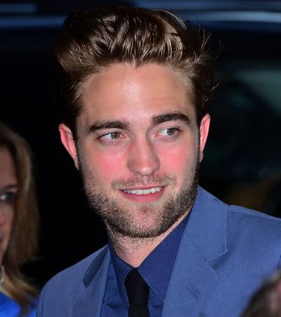 Con los labios sellados y una tímida sonrisa, Robert Pattinson reaparece tras la infidelidad de Kristen Stewart