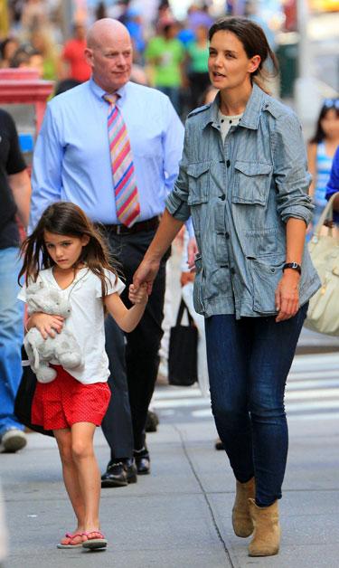 Katie Holmes, Michelle Williams y Camila Alves: tres mamás 'it', de compras con sus hijos