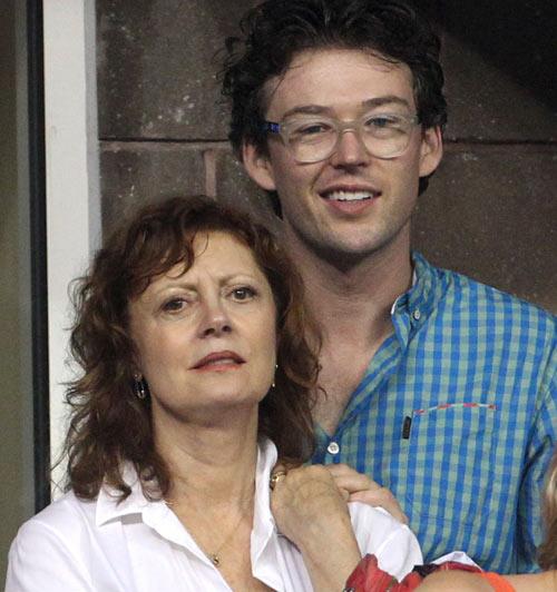 Dos joven parejas estupida de colombia follando en una orgia - 3 part 10
