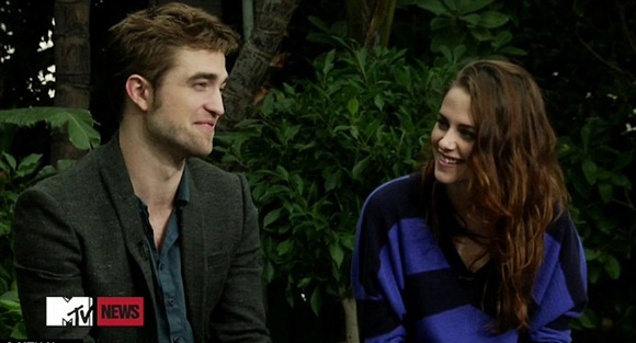 ¿Todo solucionado? Robert Pattinson y Kristen Stewart, felices y relajados, en su primera aparición pública juntos