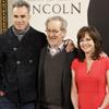 Madrid se blinda a la llegada del 'presidente' y su séquito: Daniel Day-Lewis, Spielberg y Sally Field