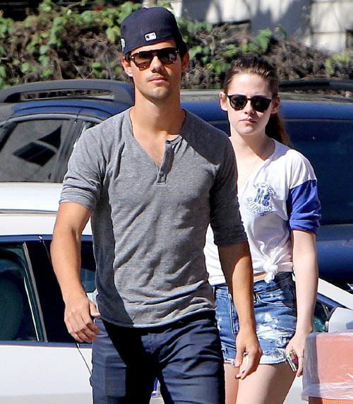 Kristen Stewart se refugia en Taylor Lautner a la espera de que Robert Pattinson se pronuncie
