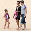 Halle Berry luce cuerpazo en Hawai junto a su hija y Olivier Martínez