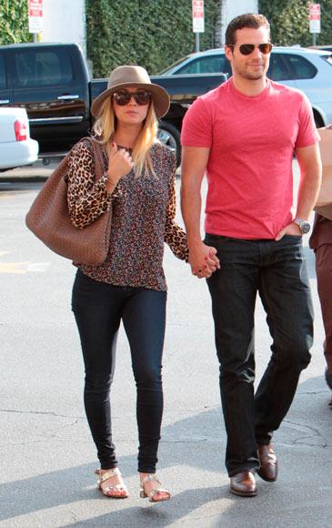 Henry Cavill y Kaley Kuoco, la nueva pareja de moda en Hollywood