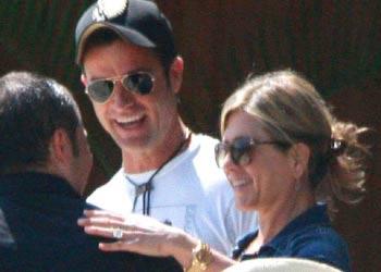 Jennifer Aniston y Justin Theroux disfrutan de su último verano como solteros en México