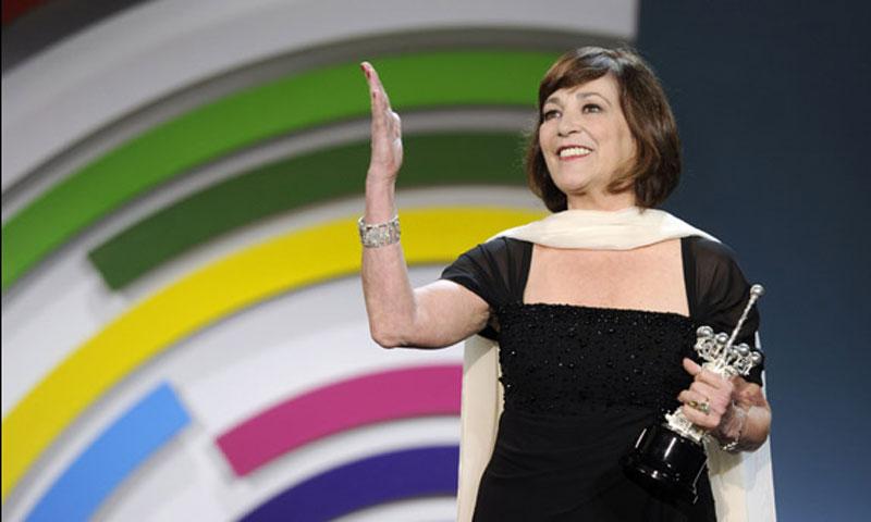 Carmen Maura, emocionada de ser la primera española en recibir el Premio Donostia