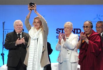 Sharon Stone recibe el 'Nobel' de los nobeles