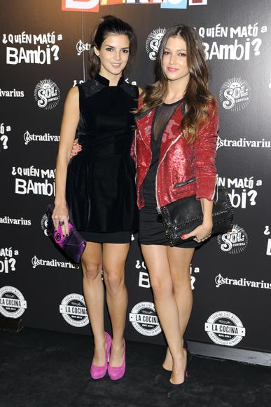 Ursula Corberó y Clara Lago inauguran el desfile de bellezas en el estreno de '¿Quién mató a Bambi?'