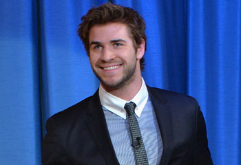 Liam Hemsworth 'mucho más centrado y feliz' tras su ruptura con Miley Cyrus
