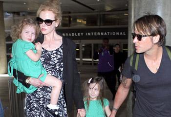 Nicole Kidman, una cariñosa mamá que vuelve de sus vacaciones