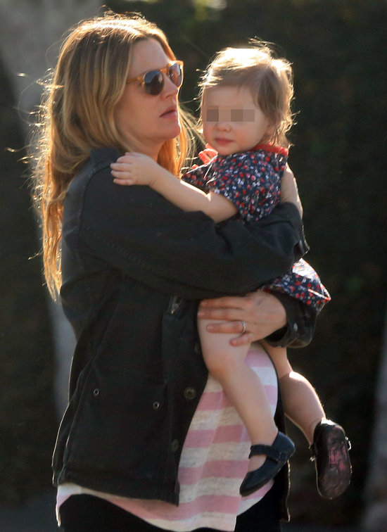 Drew Barrymore disfruta de su pequeña Olive a punto de dar a luz a su segunda hija