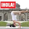 En ¡HOLA!: Compartimos con la mujer de Alec Baldwin, Hilaria Thomas, una clase magistral de yoga en Madrid