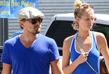 Leonardo DiCaprio y Toni Garrn, una relación que se consolida