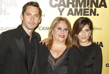 Paco León, entre amigos y familia, estrena 'Carmina y amén', gratis en el cine