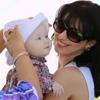 Hilaria Baldwin y su hija, Carmen, juntas a todas partes