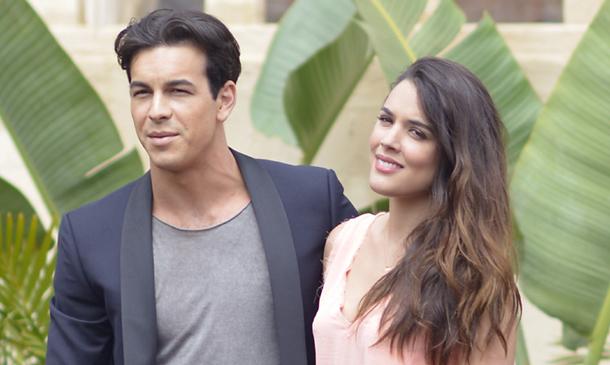 Adriana Ugarte y Mario Casas compartirán tardes de verano y set en Gran Canaria