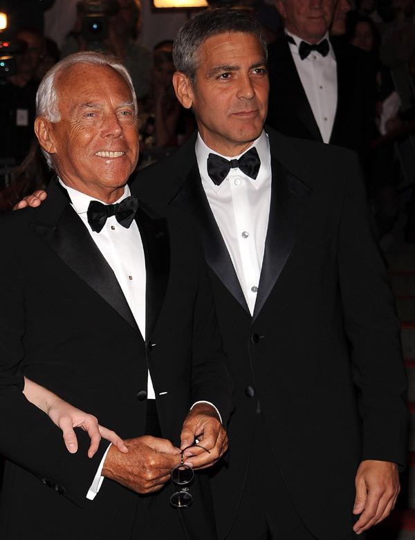b20c872680 La sencilla e impecable elección de George Clooney para su traje de boda