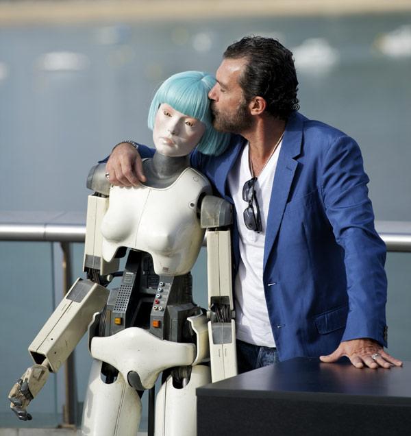 Antonio Banderas, 'muy agradecido' con Melanie Griffith por su participación en su película