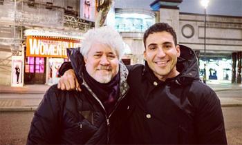 Miguel Ángel Silvestre, 'al borde de un ataque de nervios' con Pedro Almodóvar y Rossy de Palma en Londres