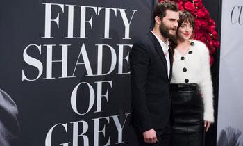 ¡Ya no falta nada! Dakota Johnson y Jamie Dornan triunfan incluso antes del estreno de 'Cincuenta sombras de Grey'