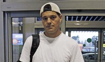 Frank de la Jungla viaja a España para abrazar a Ana y a la familia de Santi Trancho