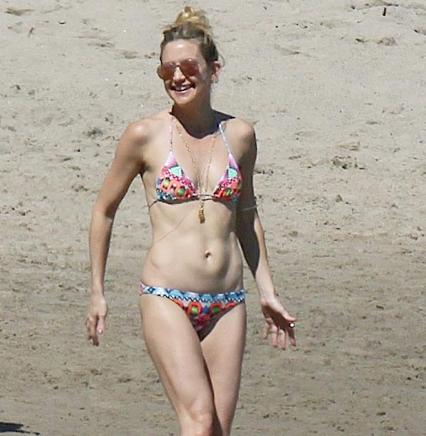 Kate Hudson y su lección de cómo presumir de 'cuerpazo' y estilo en la playa