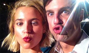 El divertido 'selfie' de Ana Fernández con su gran amigo Alejo Sauras