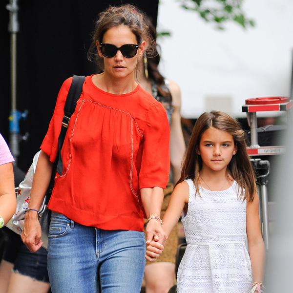 ¿Dónde está Tom Cruise mientras Katie Holmes se lleva a Suri al trabajo?