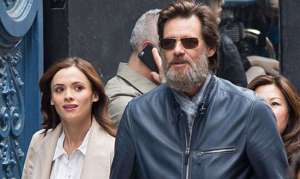 Jim Carrey y la familia de su exnovia, unidos tras su trágico fallecimiento