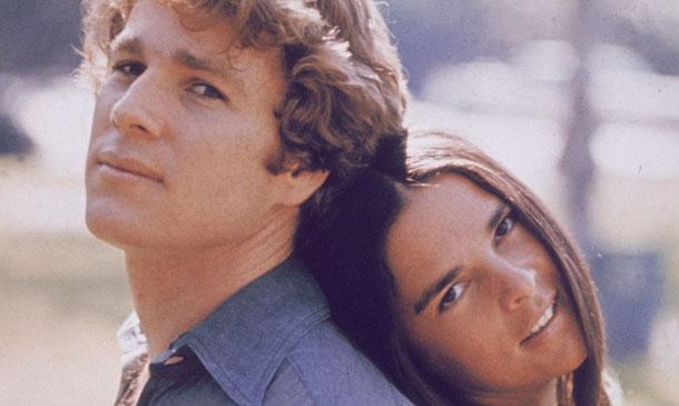 Ryan O'Neal y Ali MacGraw reanudan su 'Love Story' 45 años después