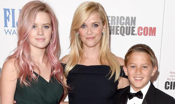 Reese Witherspoon presume de hijos en una cita muy especial