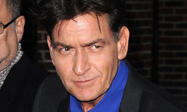 La dramática confesión de Charlie Sheen, el actor que no ha sabido evitar su caída