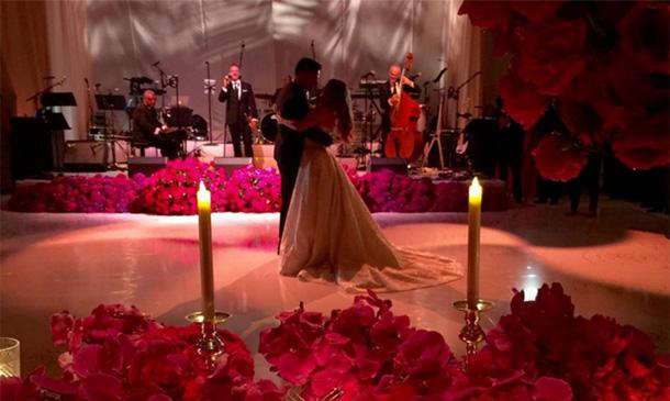 De la impresionante tarta al baile a ritmo de Pitbull: Todas las imágenes de la boda de Sofía Vergara