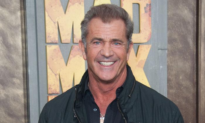 Mel Gibson está enamorado de una bella amazona 36 años menor que él