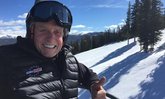 Michael Douglas, de escapada en Aspen ajeno a las alarmantes noticias sobre su estado de salud