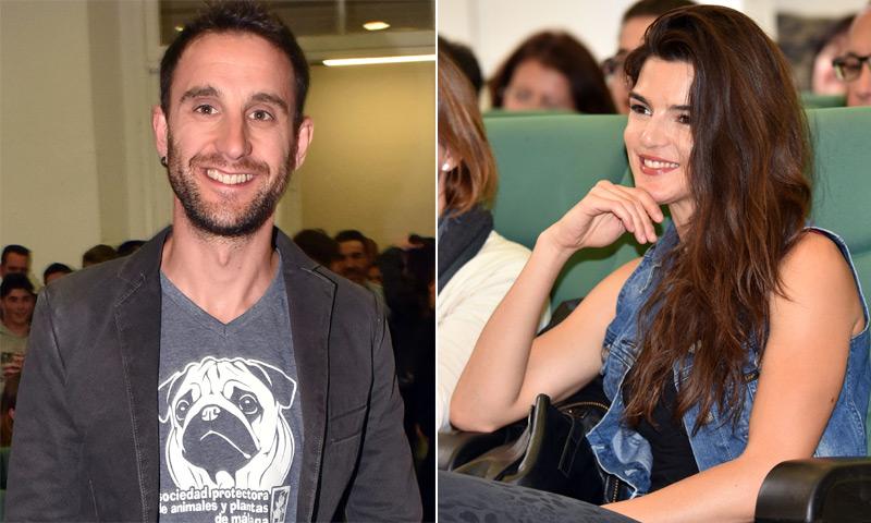 Casi dos años juntos, y Dani Rovira sigue siendo el único que consigue sacar esa sonrisa a Clara Lago