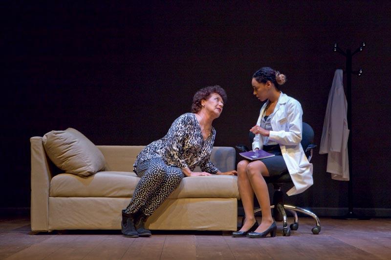 Beatriz Carvajal y su hija por primera vez juntas en un escenario