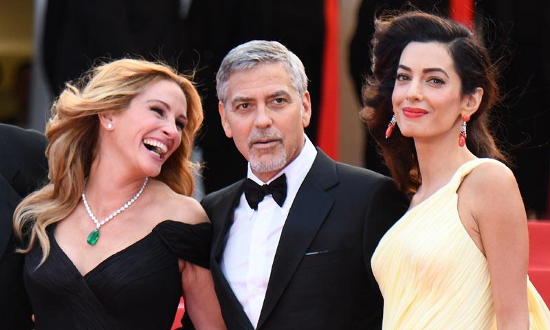 Duelo de estilo: Amal Clooney vs Julia Roberts en su 1ª puesta de largo en La Croisette