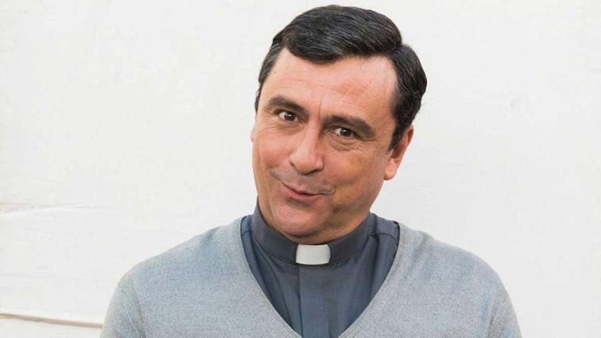 ¿Eres tú, Paco Tous? El gran cambio del actor para su nueva serie