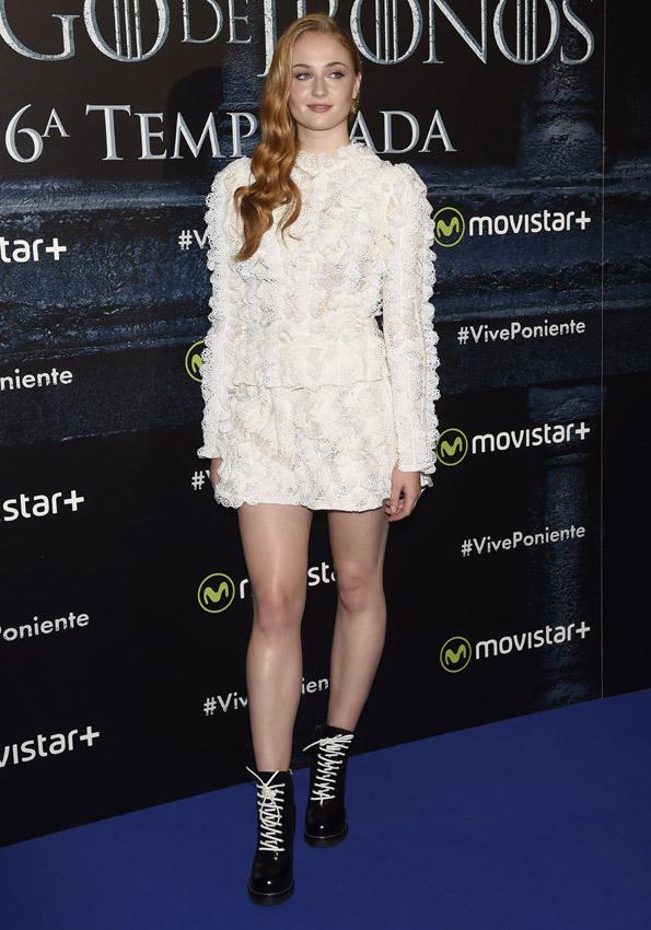 Las mil y una caras de Sophie Turner, ¿quién dijo que Sansa Stark (Juego de Tronos) era fría y distante?