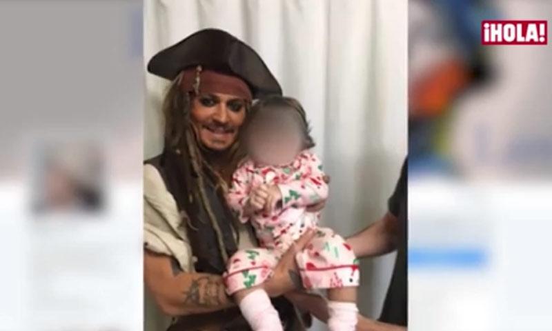 Los niños de un hospital reciben la visita sorpresa... ¡del capitán Jack Sparrow en persona!