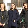 Las hijas de Marisa Medina, arropadas por veteranas figuras televisivas, dan el último adiós a su madre