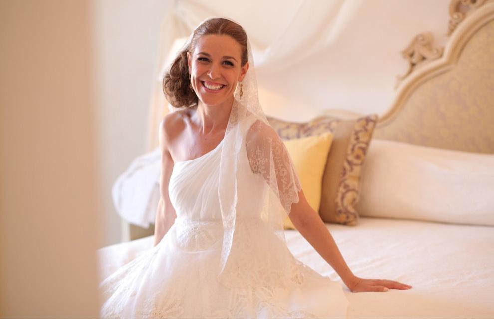Raquel Sánchez Silva desvela los secretos de su vestido de novia