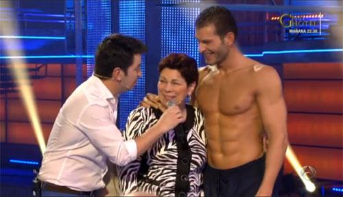 El beso de Guti y Romina, la visita de la madre de Darek, un 'harlem shake'... las sorpresas de 'Splash!'