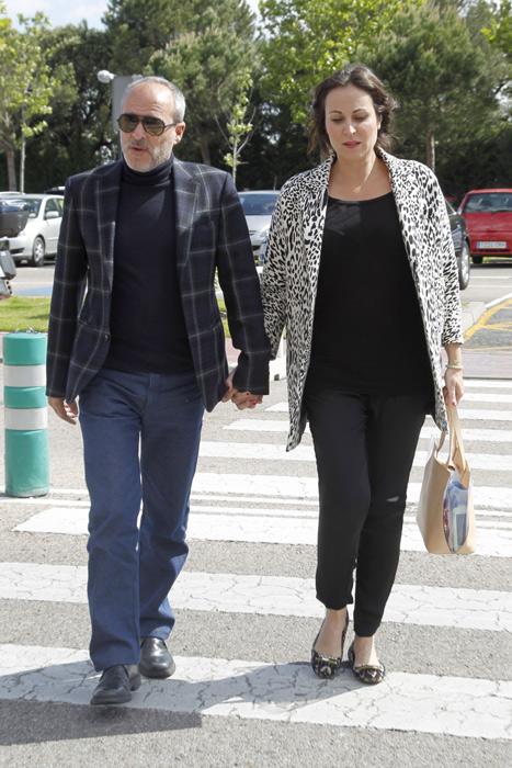 Familiares, amigos y compañeros arropan a Raquel Sánchez Silva en el último adiós a Mario Biondo