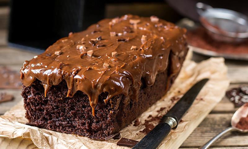 Como hacer un bizcocho de chocolate quede esponjoso