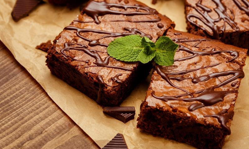 ¡Olvídate del horno! Elabora un exquisito 'brownie' de chocolate al microondas