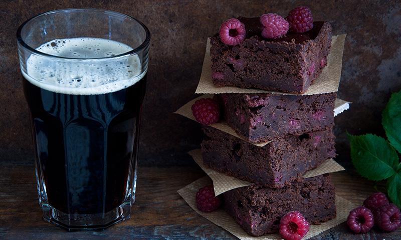 Para los paladares más 'gourmet': 'brownie' de chocolate y cerveza Guinness