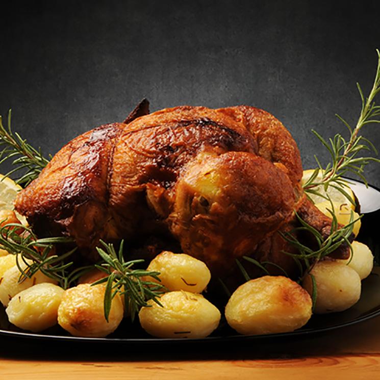 Pollo al horno con patatas y berenjenas, un plato infalible para ...