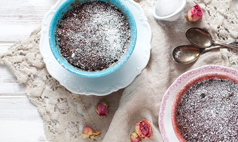 'Brownie' en taza al microondas, ¡sorprendentemente delicioso!
